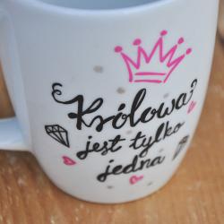 Kubek Królowej - różowy Prezent dla żony, dziewczyny lub przyjaciółki z biura