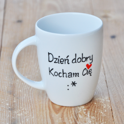 """kubek na walentynki Kubek z fanjnym napisem """"Dzień dobry. Kocham Cię :*"""". Walentynki."""